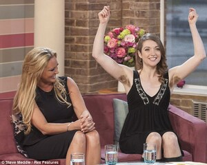 Can It EVER Be Socially Acceptable To Have Hairy Armpits? Woman Who ...