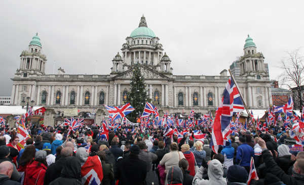 8/12/2012. Unionists Flags Protests