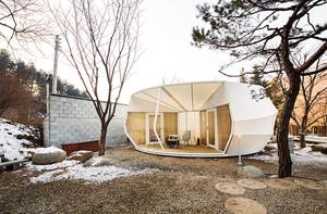 ArchiWorkshop-glamping-tents-designboom081