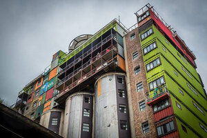 mill-junction-container-residences-overlook-johannesburg-designboom-02