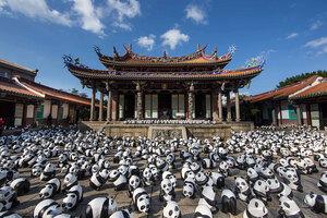 1600-pandas-in-hong-kong-designboom-10