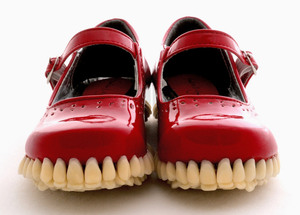 fantich-young-add-teeth-to-mary-janes-designboom-01