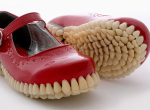 fantich-young-add-teeth-to-mary-janes-designboom-05