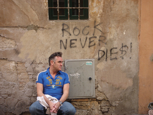 morrissey_rock_never_dies_2