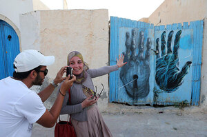 djerbahood-mural-art-project-erriadh-tunisia-16