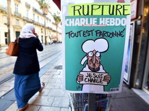TOPSHOTS-FRANCE-ATTACKS-CHARLIE-HEBDO-MAGAZINE-NEWSAGENTS