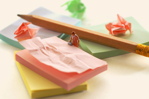 tatsuyatanaka_miniature-calendar_designboom_007