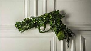 nature-typo-jungle-gun