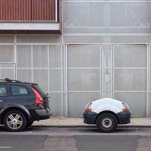jose-quintela-tiny-cars-designboom-06