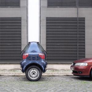 jose-quintela-tiny-cars-designboom-07
