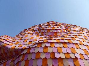 studio-florentijn-hofman-floating-fish-art-wuzhen-designboom-06