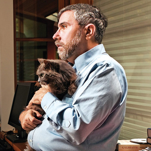 Paul-Krugman-with-Cat1