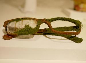 100_Glasses