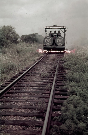 Weed-burning-Railcar-1941-634x979