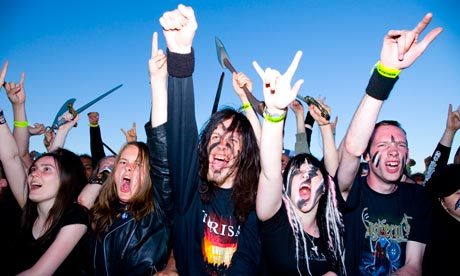 Heavy-Metal-fans-at-Blood-007