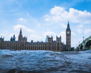 London-River-01-685x548