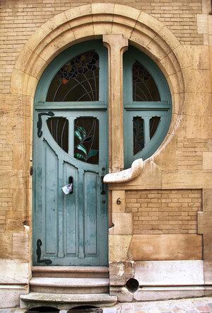 Art-Nouveau-door