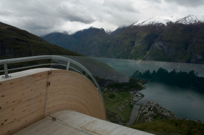 Aurland-Look-Out-04-685x455