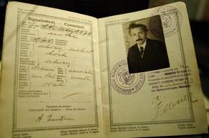 Celebrity-Passports-Albert-Einstein-685x454