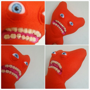 These-Creepy-Plushies-With-Fake-Human-Teeth-1