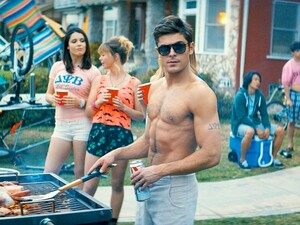 neighbors-zac-efron-600x450