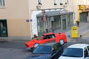 benedetto-bufalino-transforms-an-old-car-into-a-cardboard-ferrari-designboom-26