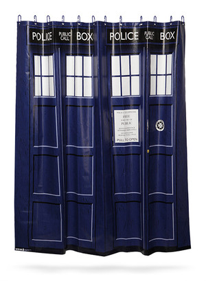 f0e7_doctor_who_tardis_shower_curtain
