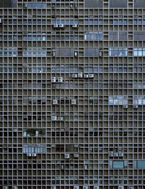 michael-wolf-architecture-of-density-series-designboom-03