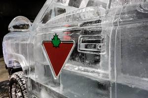 the-canadian-tire-ice-truck-designboom-06