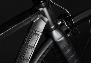 fixie-crocodile-skin-road-bike-designboom05