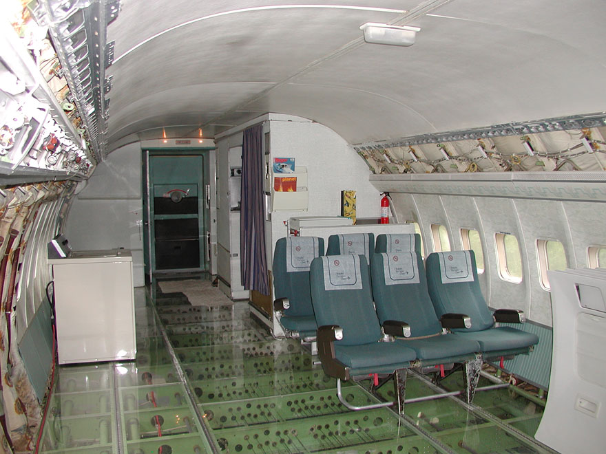 retired-boeing-727-recycled-home-bruce-campbell-9