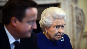 030773-queen-and-david-cameron