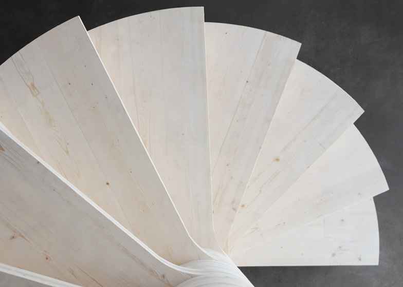 Wooden_Spiral_staircase_by_Risa_Meyer_dezeen_784_3