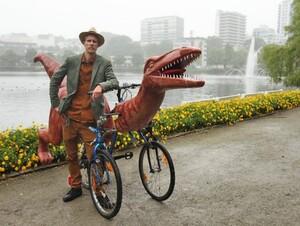 markus-moestue-norway-dinosaur-bike-designboom-18