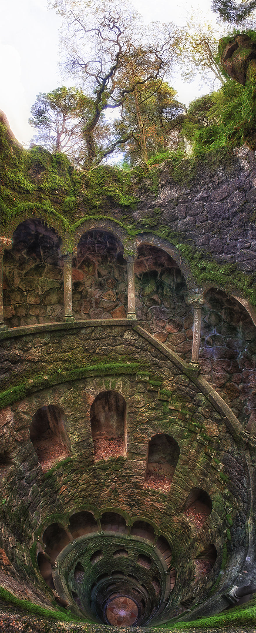Palace-of-Mystery-Quinta-da-Regaleira-by-Taylor-Moore23__880