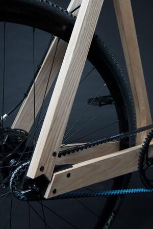 wooden-bikes-paul-timmer-designboom06-818x1225