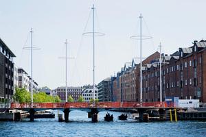 olafur-eliasson-cirkelbroen-bridge-copenhagen-christianshavn-canal-designboom-03