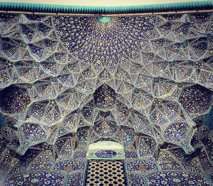 Sheikh-Lotfollah's mosque in Esfahan, Iran