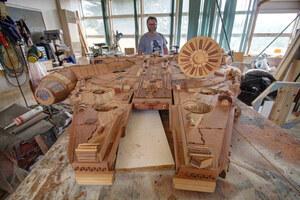 wooden-millennium-falcon-4