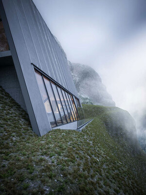 Triangle-Cliff-House-01