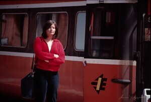 woman-by-the-train