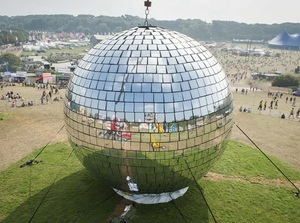 metropolis-absolut-bring-you-mirror-ball