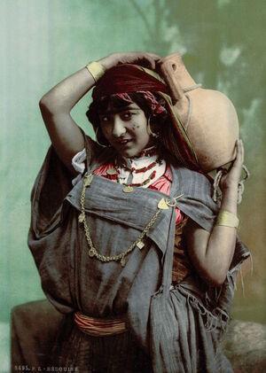 bedouin-woman-tunis