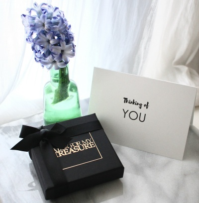 packaging-with-card