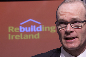 13/12/2016. Government- New Rental Strategy - Rebuilding Ireland. Pictured Minister for Housing, Planning and Local Government Simon Coveney TD speaking to the media on the Government strategy entitled the new rental strategy under rebuilding Ireland in Government Buildings this afternoon. Photo: Sam Boal/Rollingnews.ie