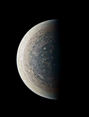 Picture-of-day-Jupiter-From-Below